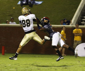 Eagles defense keep's Wofford in check