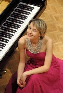 Latvian+pianist+Arta+Arnicane+was+awarded+top+prize+in+In+2010%2C+Arnicane+was+awarded+top+prize+in+The+First+Sussex+International+Piano+Competition+in+the+United+Kingdom+in+2010.+Arnicane+will+be+performing+in+the+Carter+Recital+Hall+on+Wed.+10%2C+2012.
