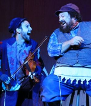 Fiddler+on+the+Roof+brings+tradition+to+the+PAC