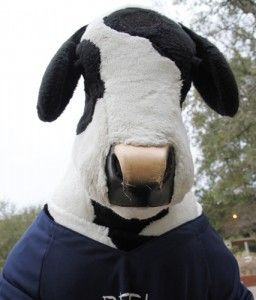 Cow+Appreciation+day+equals+free+chicken.+Wear+spots%2C+get+free+chicken.+Channel+your+inner+cow+for+free+Chick-fil-A