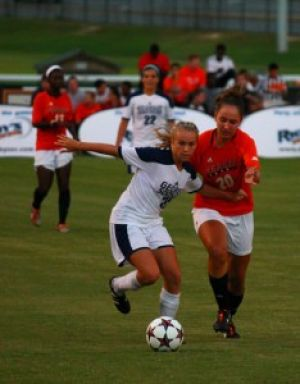 Women%C3%A2%E2%82%AC%26%23x2122%3Bs+soccer+to+open+conference+play