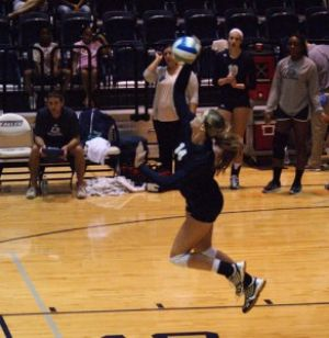 Volleyball+wins+home+invitational