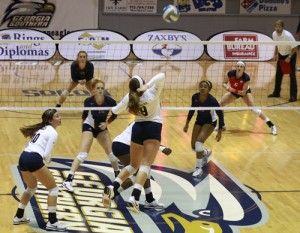 Junior+outside+hitter+Deratt+made+13+kills+in+tonight%27s+match+to+lead+the+Eagles+to+victory.File+photo