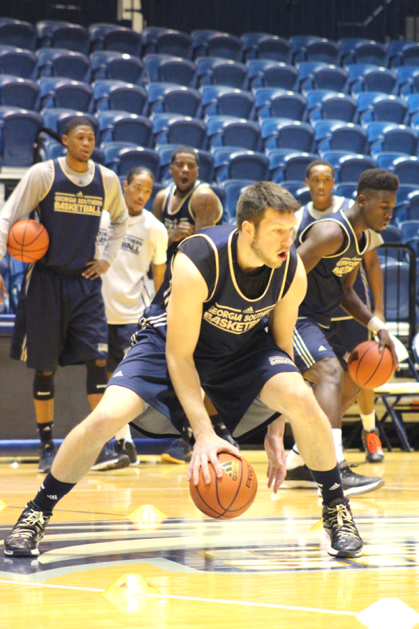 Redshirt senior Trent Wiedeman practices with the team after Georgia Southern's 2014 Media Day.