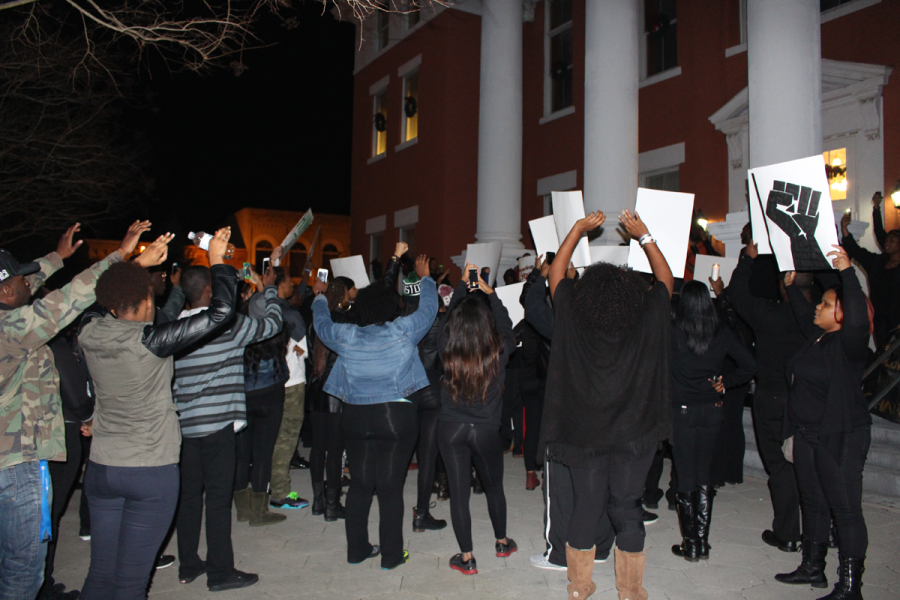Students+march+in+response+to+Ferguson