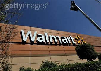 Wal-Mart+raising+workers+wages