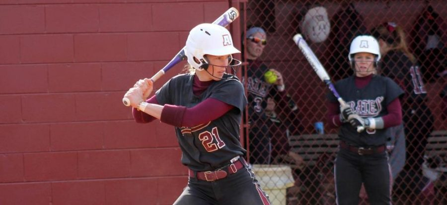 Pirates split weekend doubleheader with Nighthawks