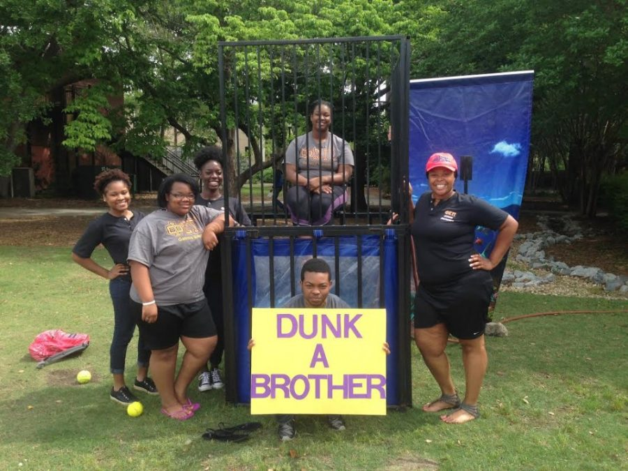 Take a dive with Phi Sigma Pi