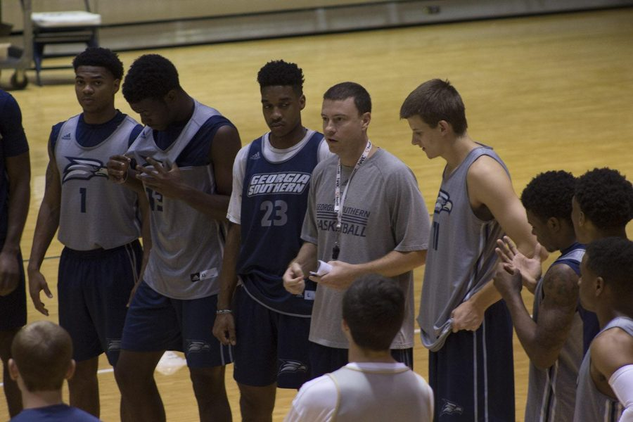 The Men's Basketball team holds its first official practice