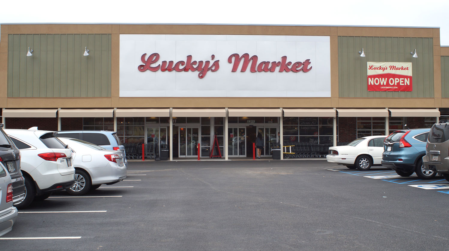 the front of Luckys Market on Abercorn Street Tuesday November 10, 2015 web