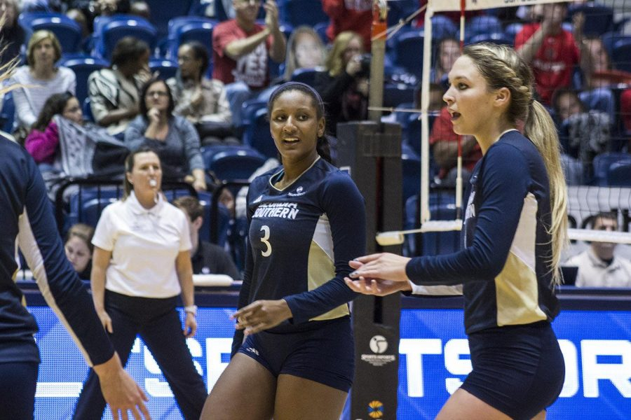 Season ends: volleyball falls to Arkansas State 0-3