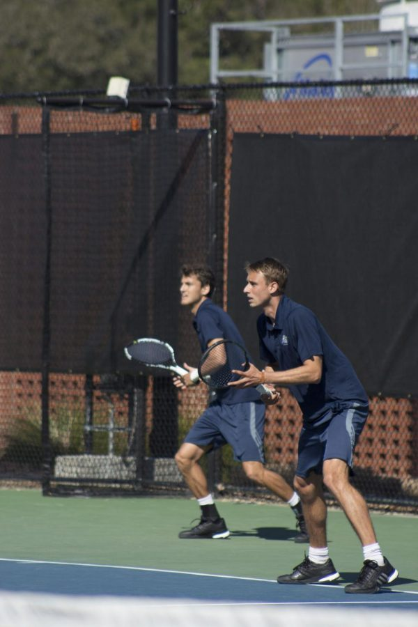 Eagles continue best season in 15 years with win over Mercer