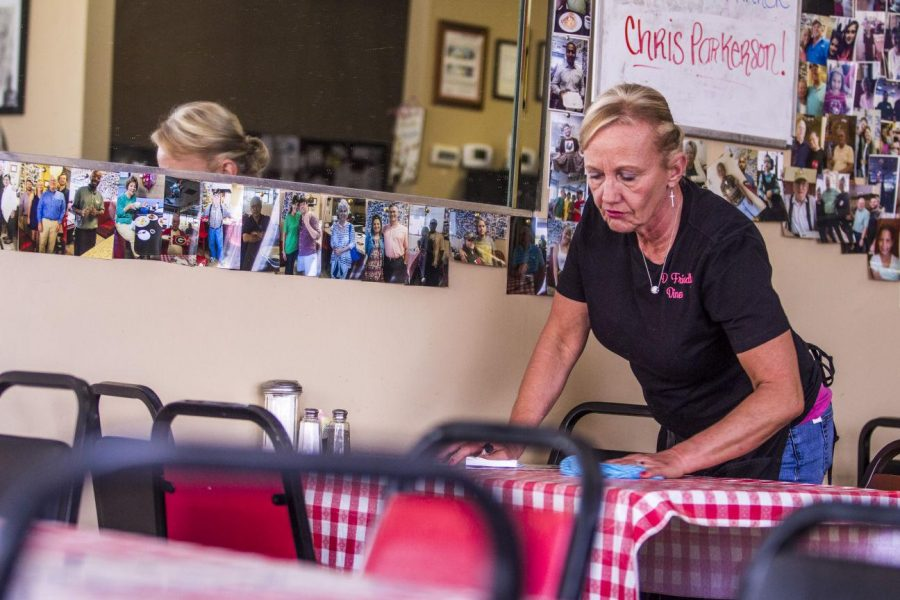 Southern cooking kept simple, Small-town diner turns into a fan favorite