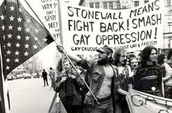 Stonewall Inn wins landmark status (Photo via CBS News)