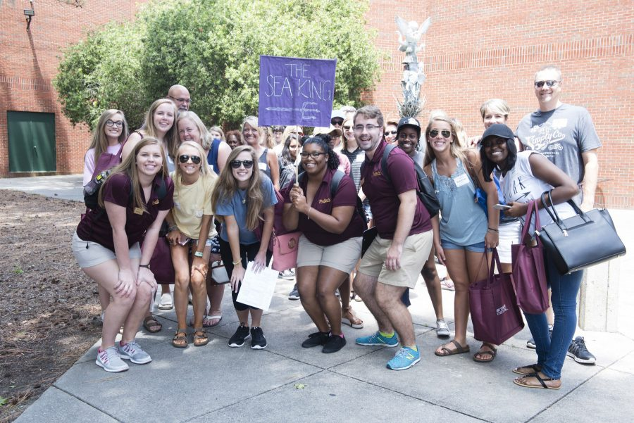 Armstrong+eases+transition++for+first-year+students