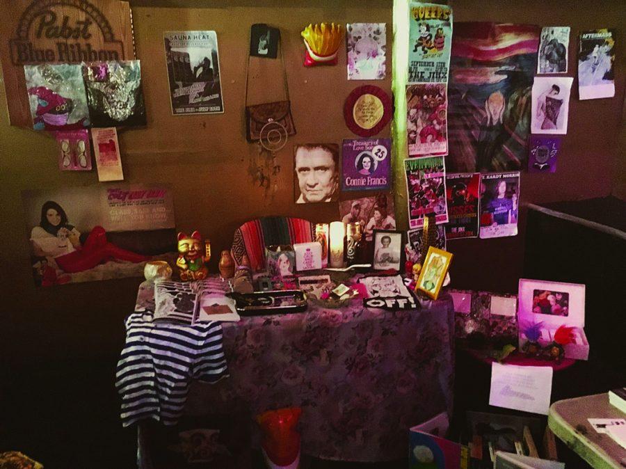 Second+Punk+Rock+garage+sale+rages+hard+at+The+Jinx