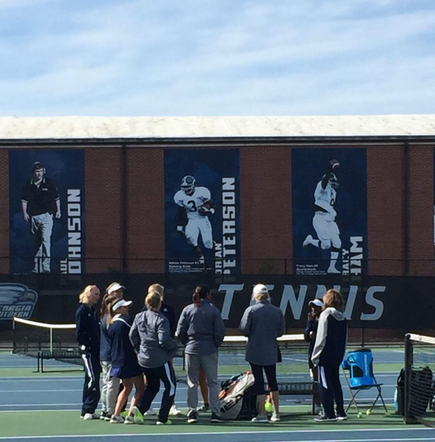 Women's tennis swept Savannah State