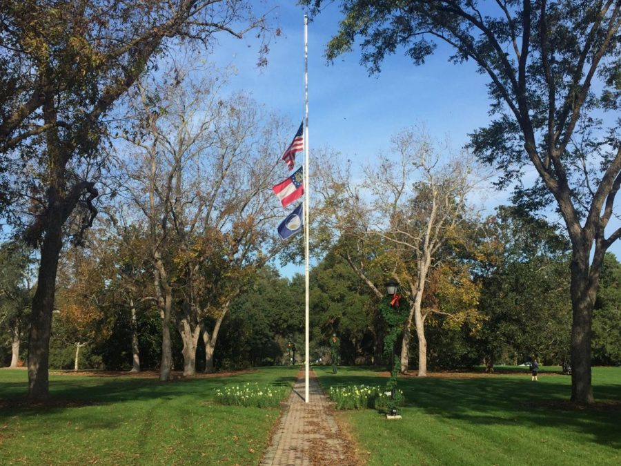 The+flags+at+Sweetheart+Circle+will+fly+at+half+staff+on+Monday+and+Tuesday+to+honor+the+lives+of+Deacon+and+Garrett+Harris+who+were+killed+in+a+car+crash+on+Sunday%2C+Nov.+26.+Photo+by+Matthew+Enfinger.%C2%A0