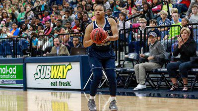 Alexis Brown shoots in a home game.