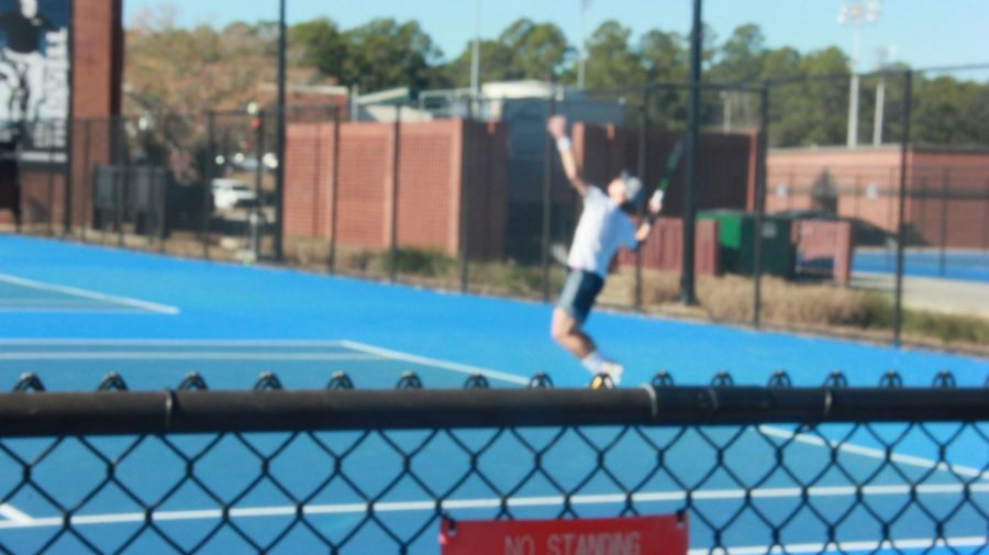 Tennis+team+looks+to+serve+up+a+winning+season
