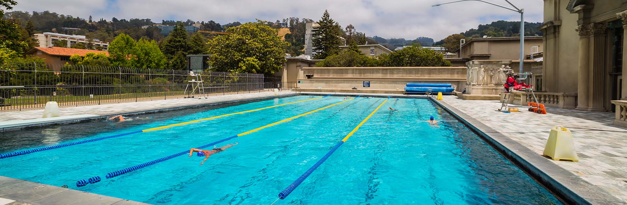 5438097-pool-images