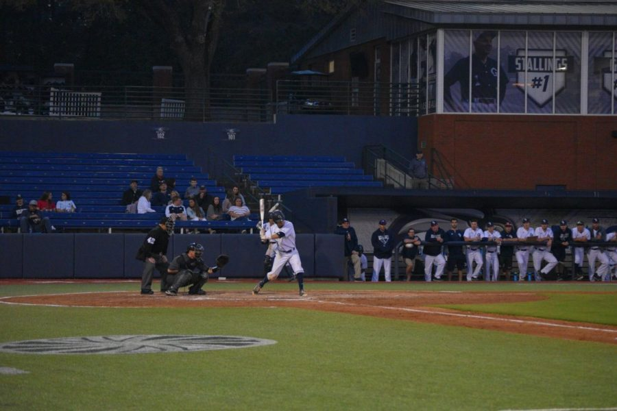 Sophomore+shortstop+Mitchell+Golden+had+a+run+and+an+RBI+in+Saturday%27s+win+over+Coastal+Carolina.%C2%A0