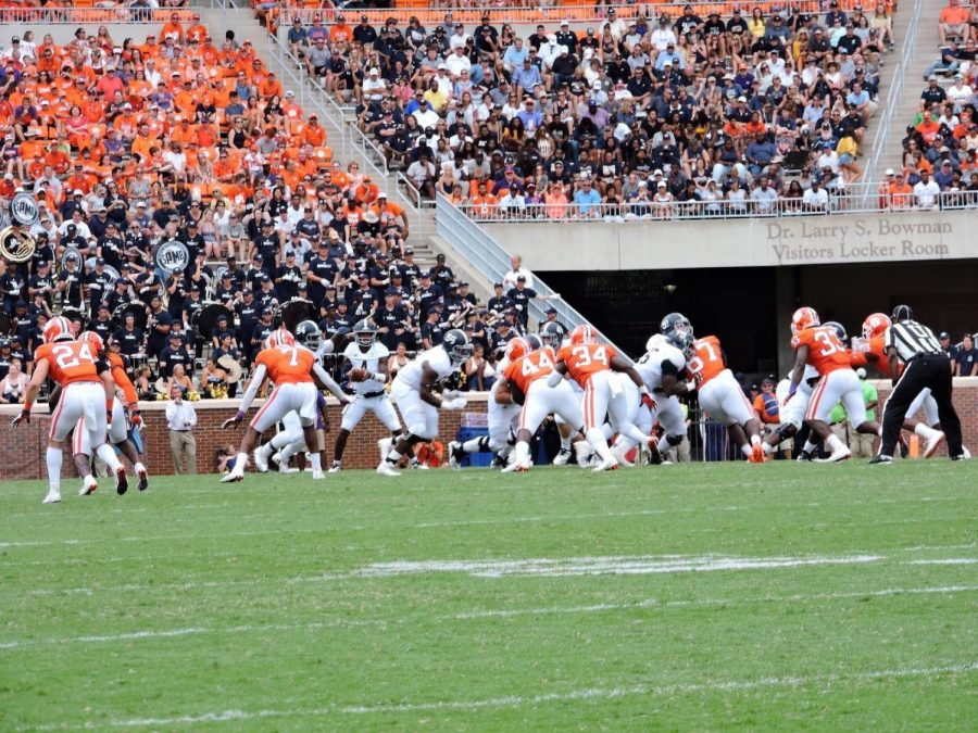 The Georgia Southern Eagles fell to the Clemson Tigers 38-7 dropping them 18 spots to No. 85.