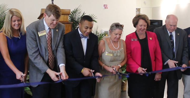 Interdisciplinary Building Ribbon Cutting