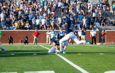 Redshirt-junior Tyler Bass sets up to kick for the extra point against the University of South Alabama.