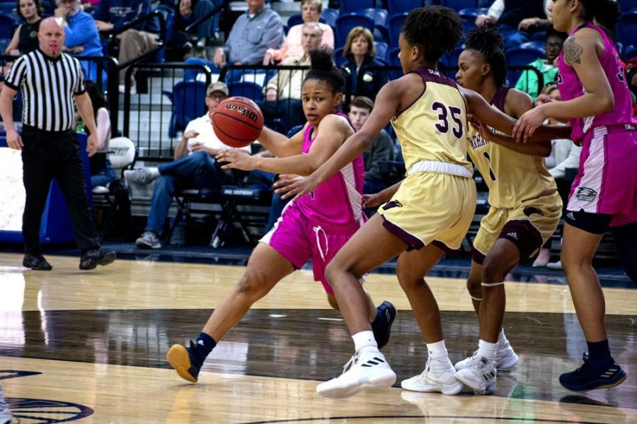 Junior+guard+Alexis+Brown+%284%29+has+been+a+leader+for+the+Eagles+this+season%2C+scoring+52+total+points+in+her+753+total+minutes+of+play.