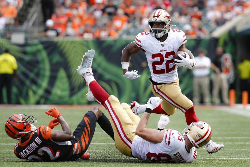 Breida (22) led the 49ers with 121 yards on 12 carries, averaging 10.1 yards per attempt.