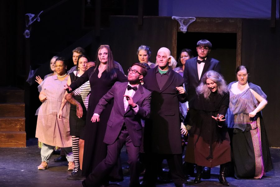 The+Addams+Family+cast.+%0A%0A