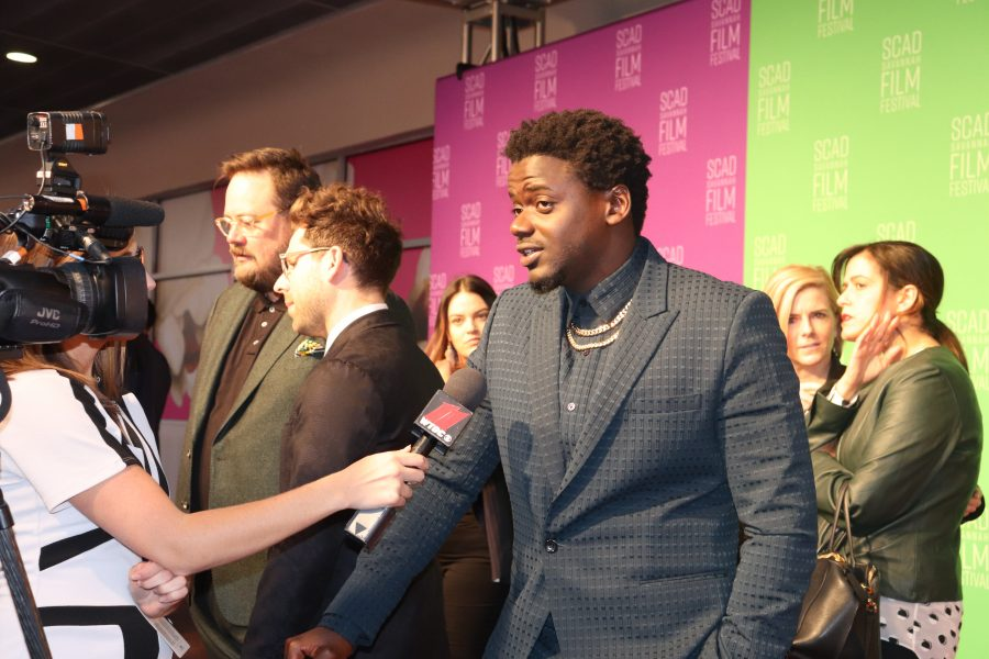 %E2%80%9CGet+Out%E2%80%9D+star+Daniel+Kaluuya+being+interviewed+on+the+red+carpet.+Photo+by+Kee%27Ara+Smith.+