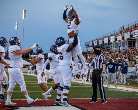 Eagles escape Louisiana with a close win