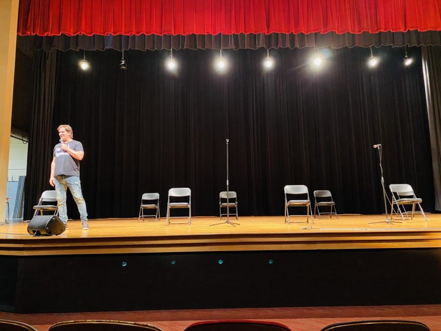 Mentalist and Hypnotist Michael C. Anthony Brings Strange Experience to Armstrong