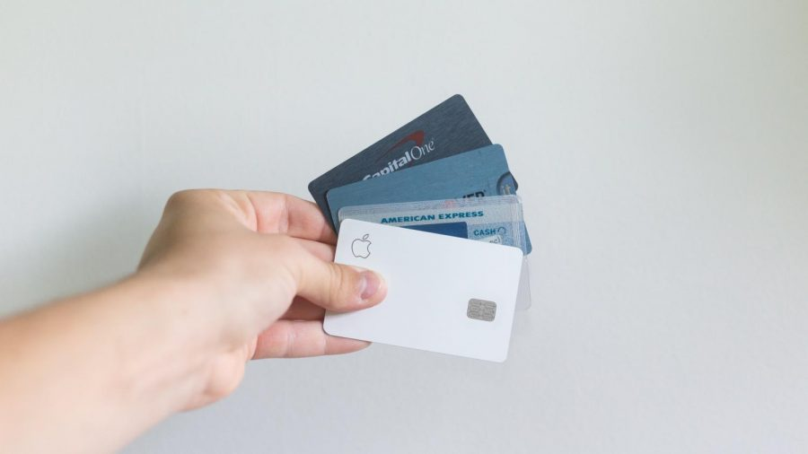 Getting a Student Credit Card: Do's and Dont's