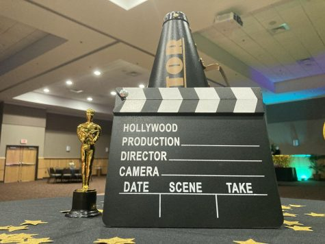 Night in Hollywood Prom Photo Story