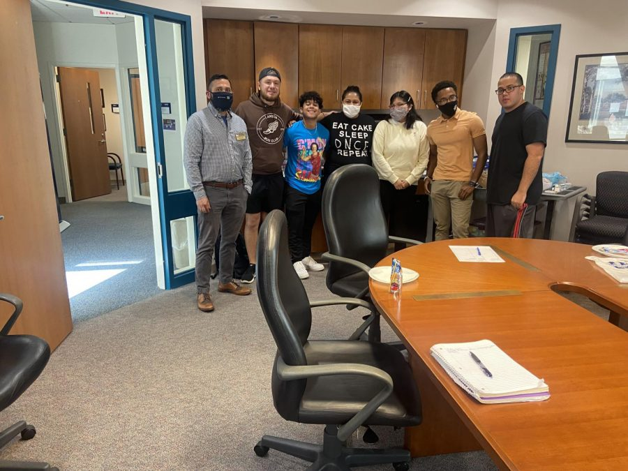 In-Person Attendees of Brown Bag Presentation: Culturally Based Mental Health Skills with the event speaker Andres Medina, GS mental health counselor